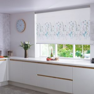 Algarve_Summer_Modern_Kitchen_Roller