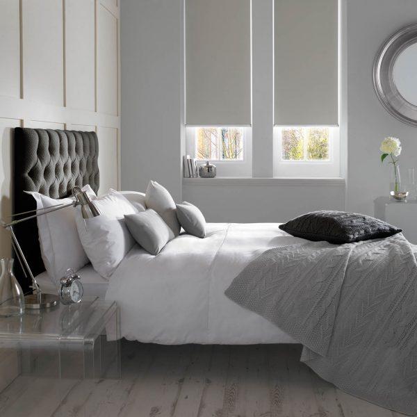 Banlight_Duo_FR_Silver_Bedroom_Roller